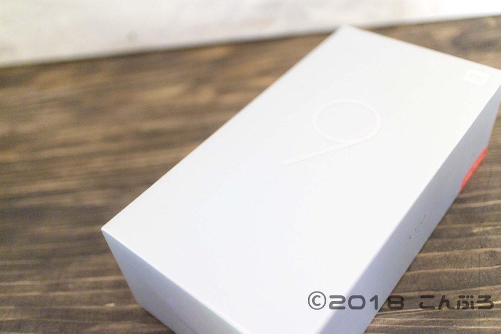 Xiaomi Mi 9 パッケージ