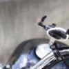 バイクのハンドルにしっかりスマホホルダーを取り付け