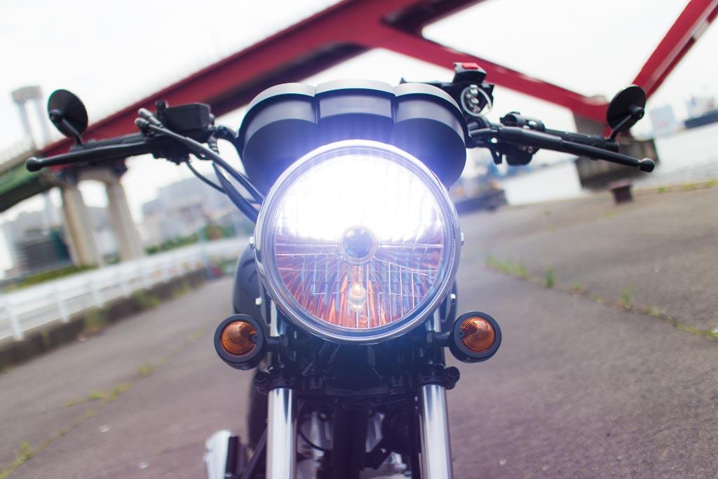 バイクのヘッドライトをLEDで明るいものに変更!